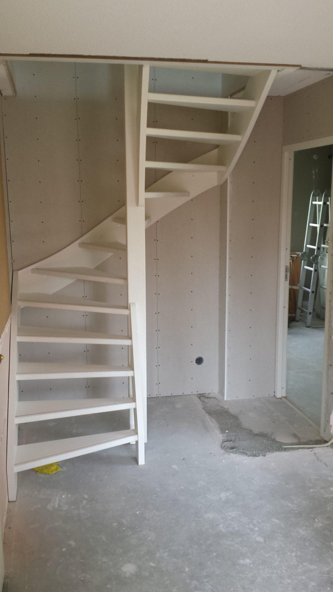 Van bergzolder met vlizotrap naar tweede verdieping met for Vaste zoldertrap incl plaatsen en inmeten